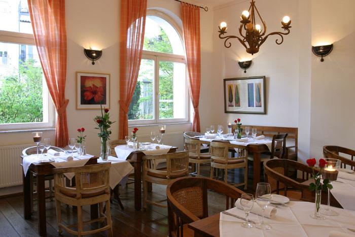 32_Grubers_Restaurant_2700